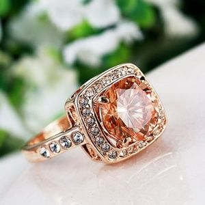 Gorgeous Rose Gold Ring!